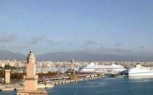 Hi ha en marxa un projecte d'ampliació del port de Palma que espera atreure més turisme de creuers.