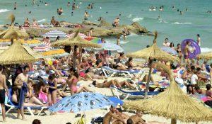 Quants més turistes, més ingressos. Visca el turisme sostenible!