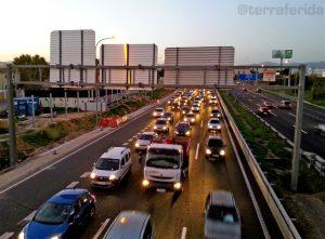 Els embossos a les nostres carreteres són un símptoma clar  del triomf del cotxe privat com a mitjà de transport.